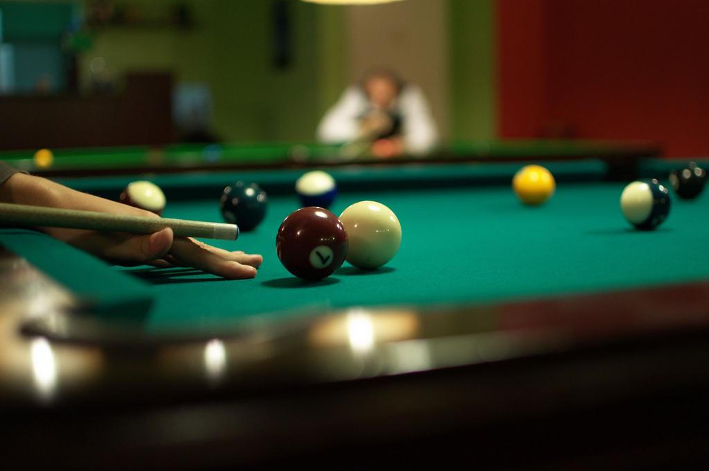 billiardový stôl